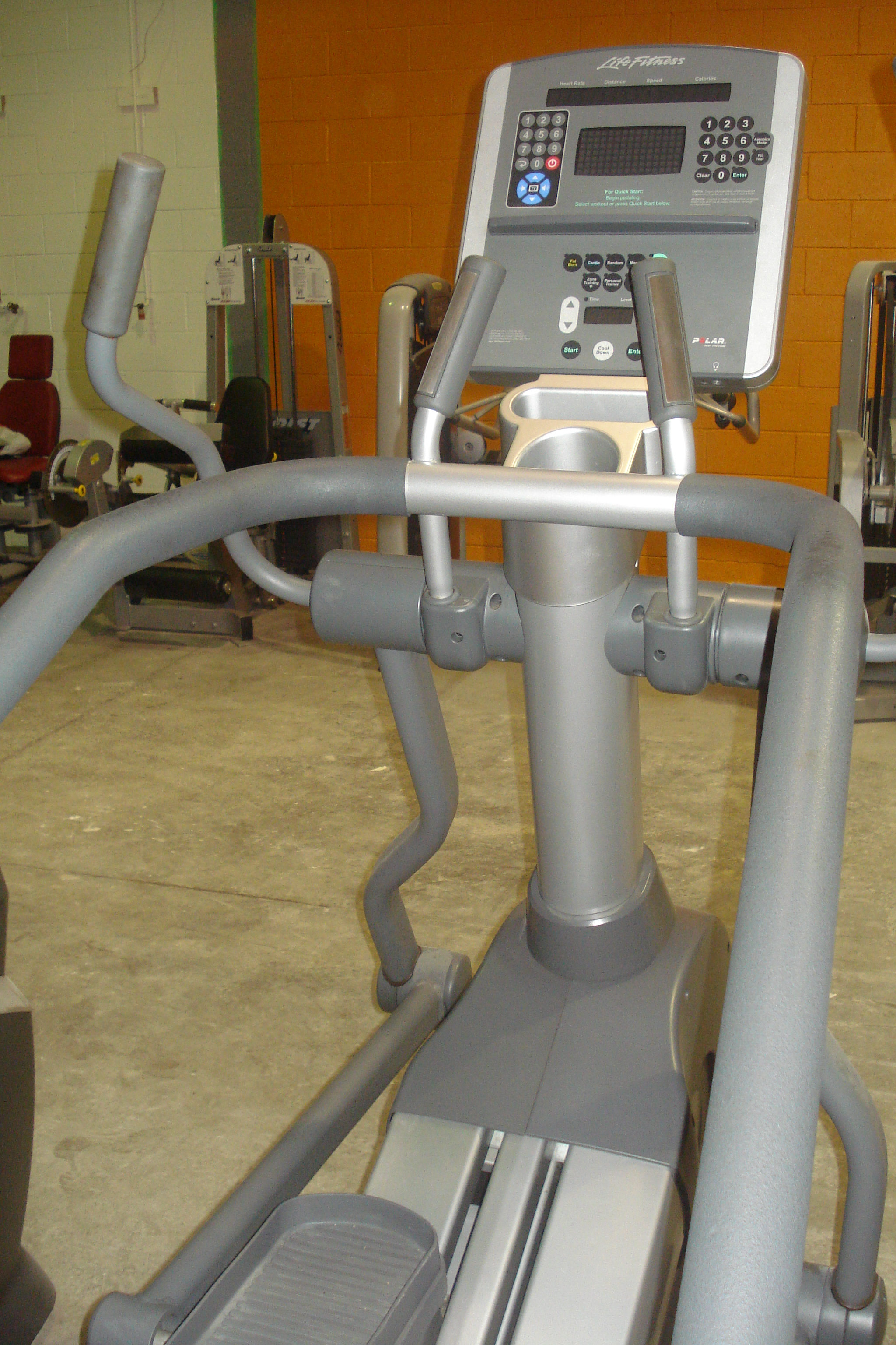 Used Life Fitness Commercial Summit Trainer – Great